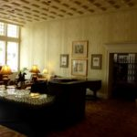 Lobby of The General Morgan Inn